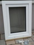 Okno biele, š 600 x v 800 mm otváravo- sklopné (OS) s čírym sklom - príslušenstvo.