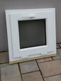 Okno biele, š 550 x v 550 mm sklopné (S) so sklom DKČ (dubová kôra číra) cena 55€